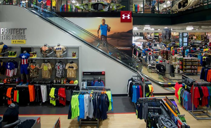 Dick's Sporting Goods (DKS) reports Q1 net loss, sales down 30%