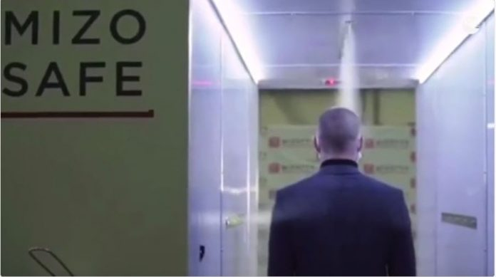 Putin has a 'disinfection tunnel' to protect him from the coronavirus
