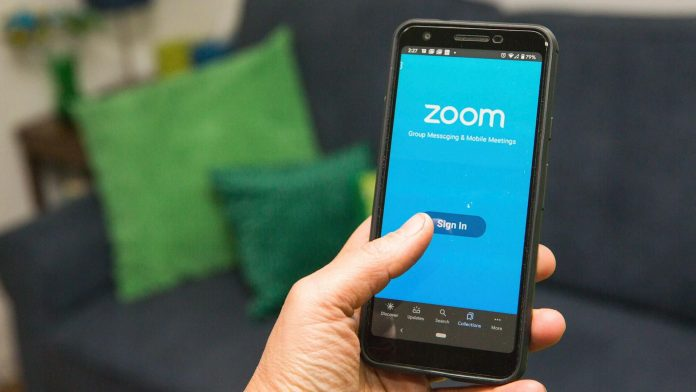 Zoom backtracks, Facebook has a new photo-transfer tool - Video