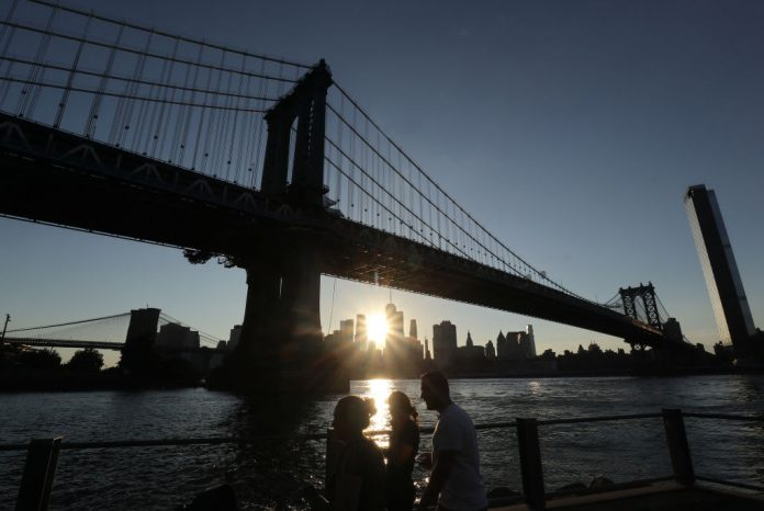 More than half of U.S. now faces travel quarantine in New York tri-state region