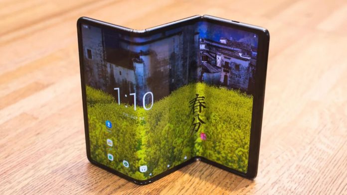 TCL wows with concept phones, Google Assistant gets a new trick - Video