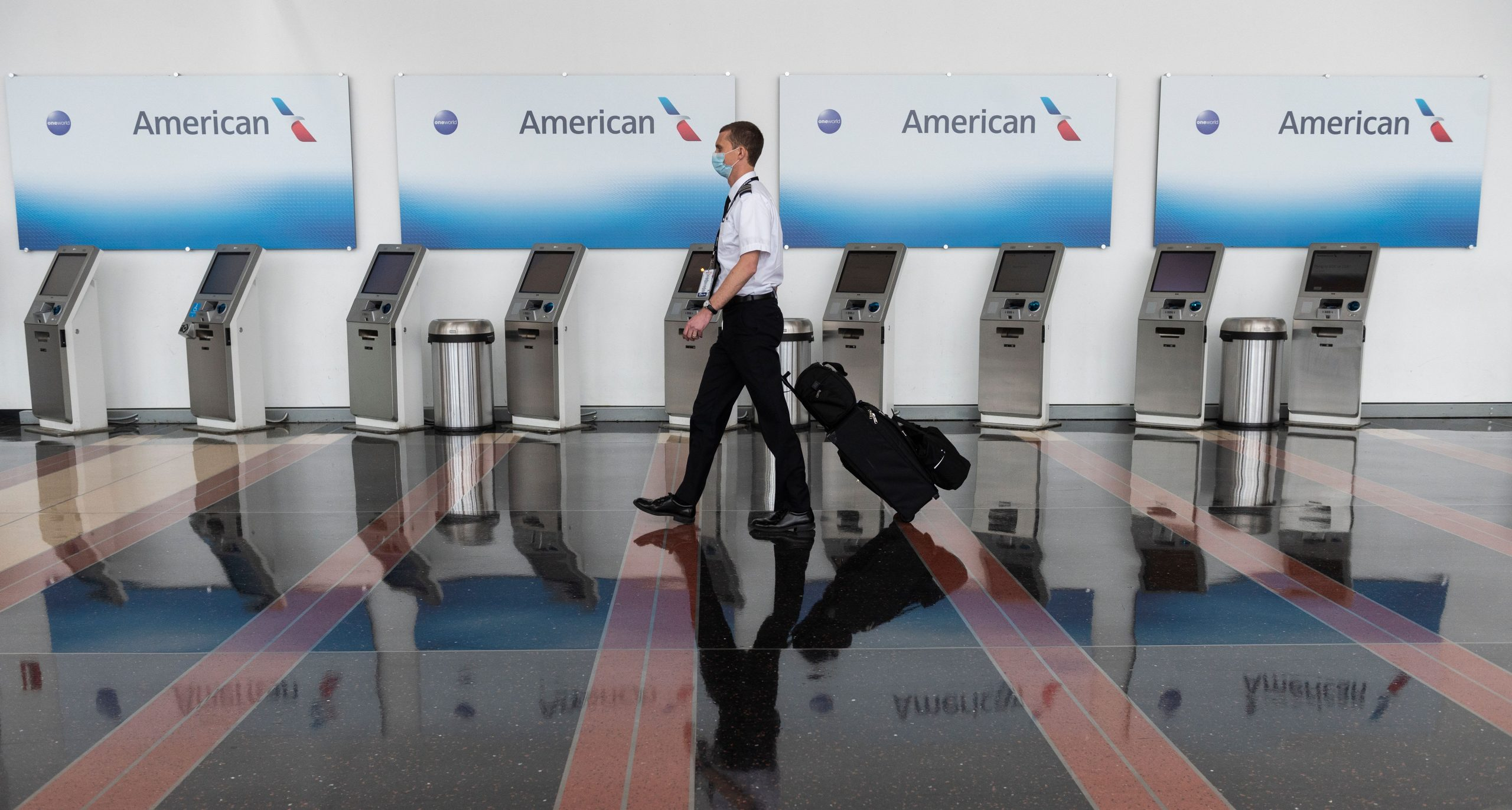 Airlines, unions push for billions in additional federal aid to save airline jobs as loom