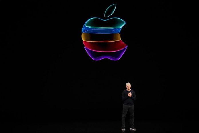 apple-event-091019-tim-cook-logo-00476