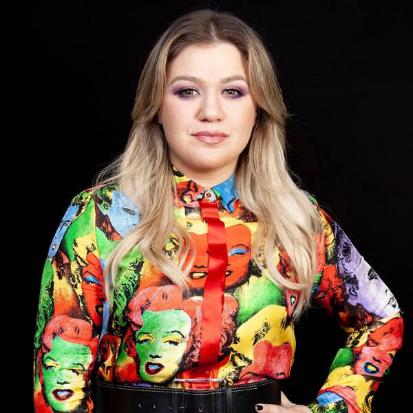 Kelly Clarkson Shuts Down Twitter Troll Who Claimed Her Marriage Ended for This Reason - E! Online