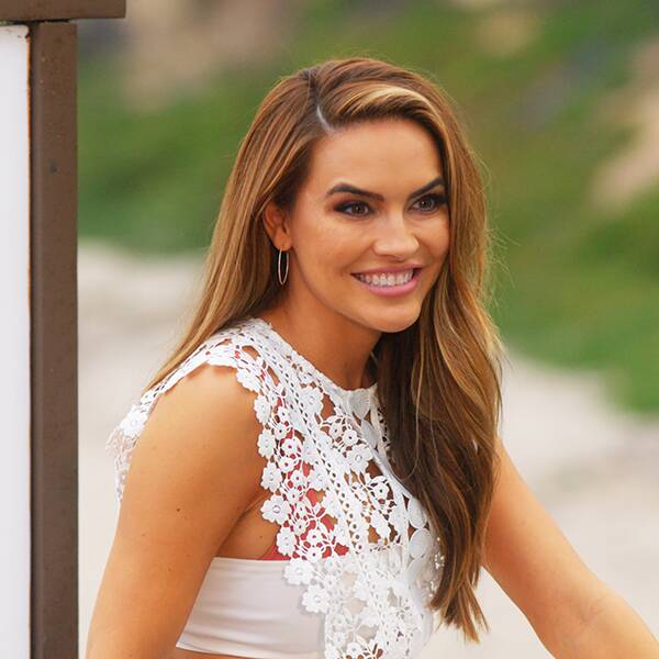 Why Selling Sunset Fans Think Chrishell Stause Just Dropped a Major Hint About Season 4 - E! Online