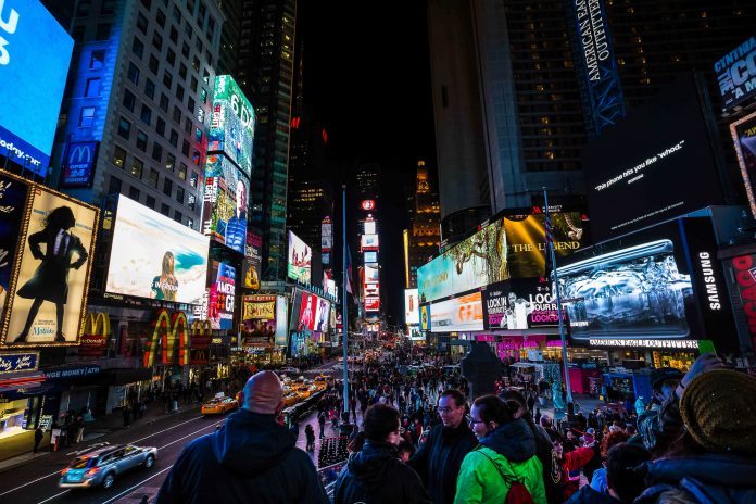 Broadway shuttered until 2021, stalling NYC recovery