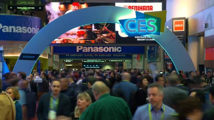 CES glows up with face printers, 10-second tooth cleaning and Galaxy S11 news - Video