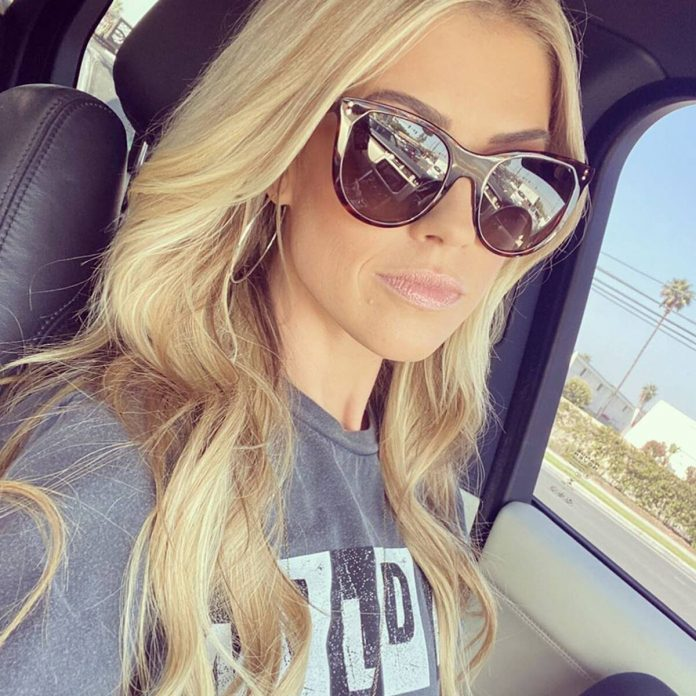 Christina Anstead Discusses Her Divorce, Life & Career in Honest Post - E! Online