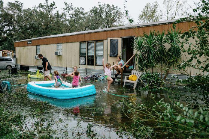 Florida, Alabama reckon with floods, destruction
