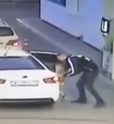 Moment four-year-old girl is lured into car by stranger