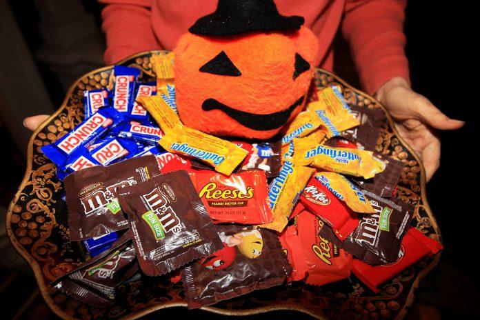 How candy companies plan to save Halloween 2020