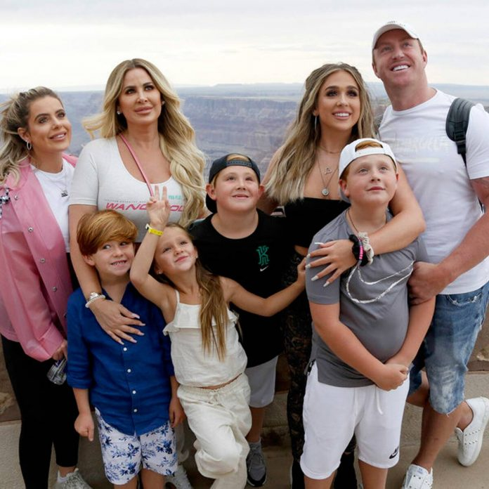 Kim Zolciak Brought How Much Wine on Don't Be Tardy Road Trip?! - E! Online