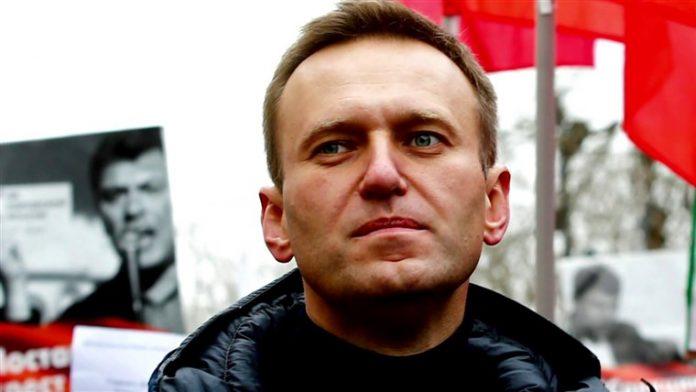 Poisoned Russian opposition leader Alexei Navalny discharged from hospital, doctors say complete recovery possible
