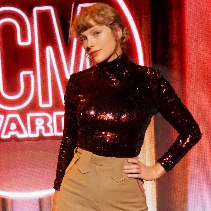 Taylor Swift Returns to Her Country Roots at 2020 ACM Awards - E! Online