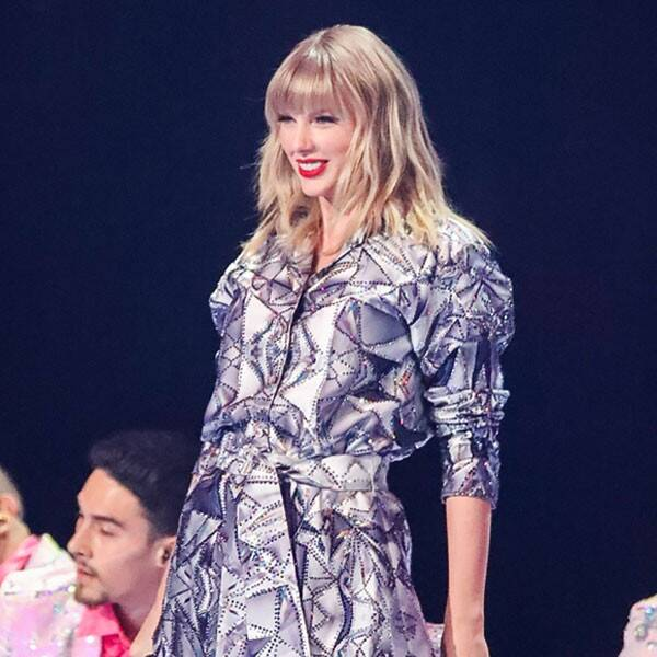 Taylor Swift to Perform