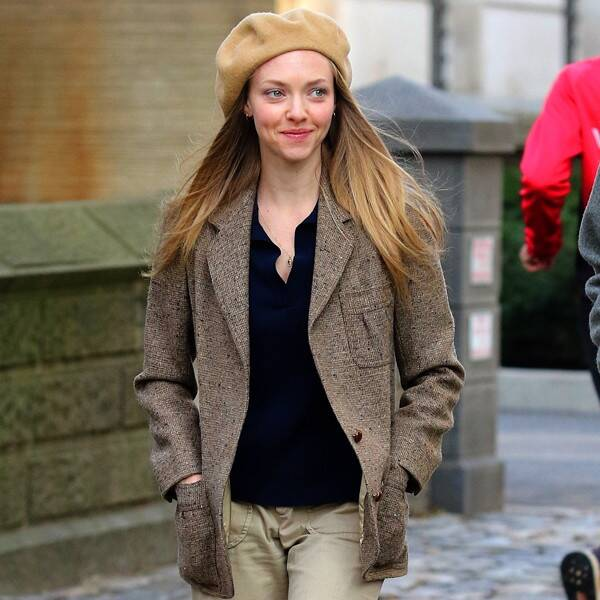Amanda Seyfried Shares Never-Before-Seen Photo From Her Pregnancy - E! Online