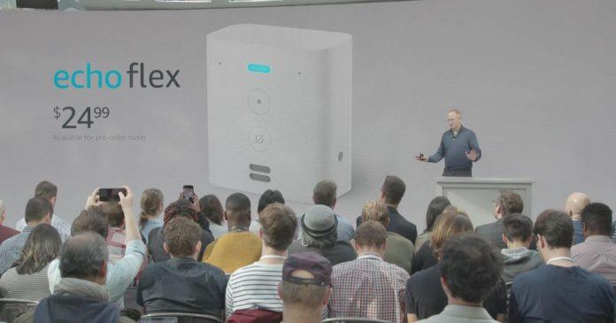 Amazon unveils tiny Echo Flex - Video