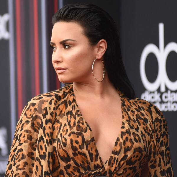 Demi Lovato to Give World Premiere Performance at BBMAs - E! Online