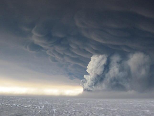 Grimsvotn volcano erupting in 2011