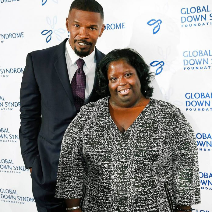 Jamie Foxx's ''Heart Is Shattered'' After His Younger Sister's Death - E! Online