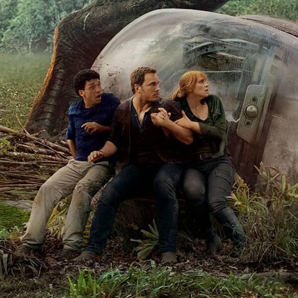 Jurassic World: Dominion Stops Filming Amid Positive COVID Test - E! Online