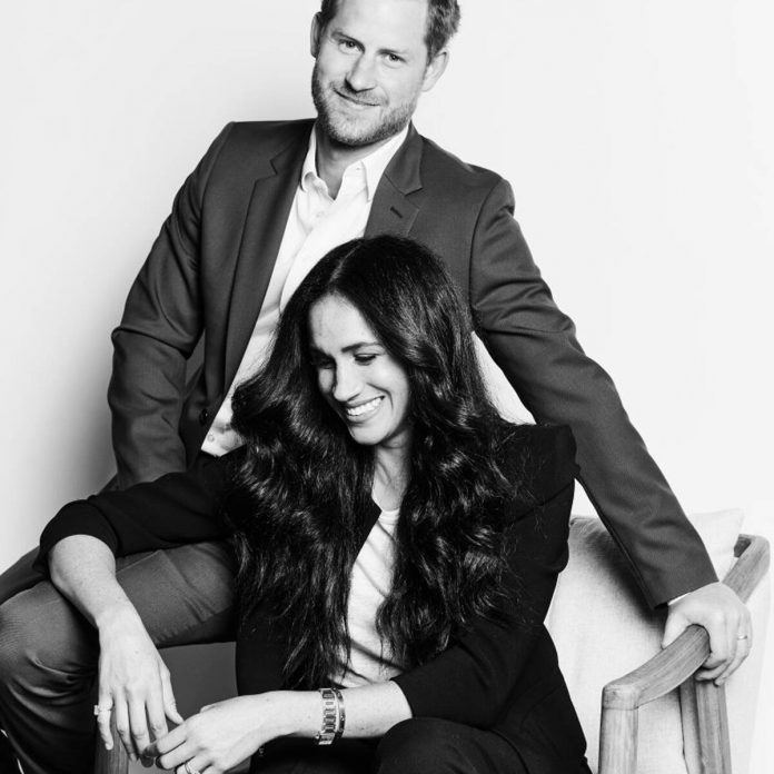 Meghan Markle and Prince Harry Love Recreating Their Engagement Pose - E! Online