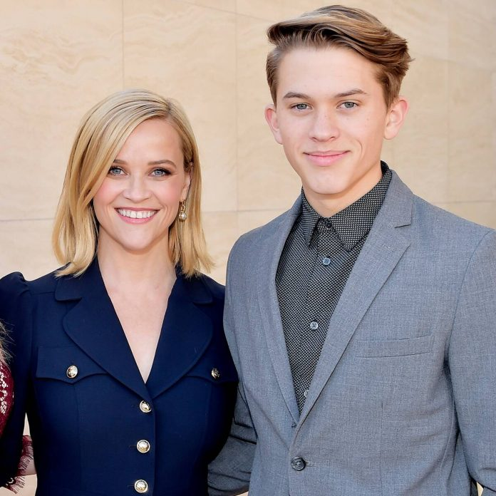 Read Reese Witherspoon's Sweet Birthday Message to Her Son Deacon - E! Online