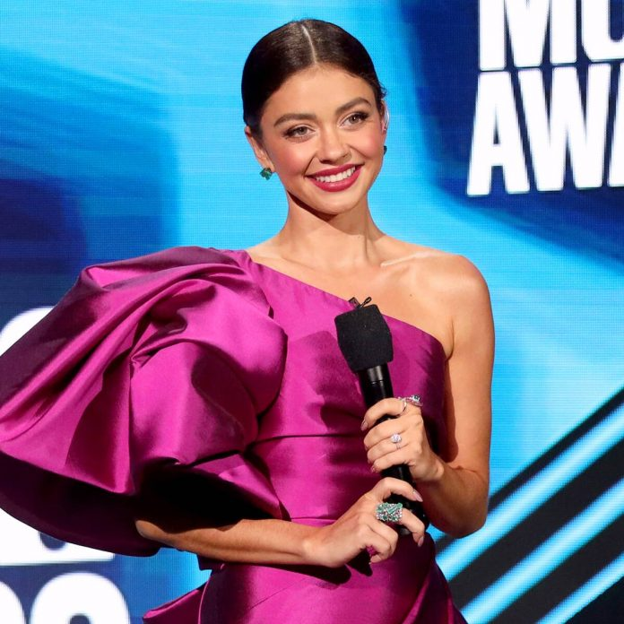 See Sarah Hyland & More Best Dressed Stars at the CMT Music Awards - E! Online