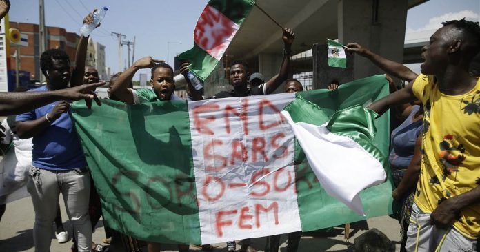 Soldiers open fire in Nigeria, drawing global attention to weekslong protests