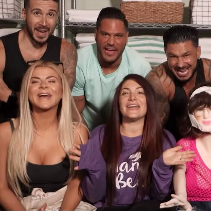 The Snooki-less Jersey Shore: Family Vacation Trailer Is Wild - E! Online