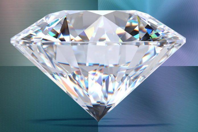 Electronic Properties of Nanoscale Needles of Diamond