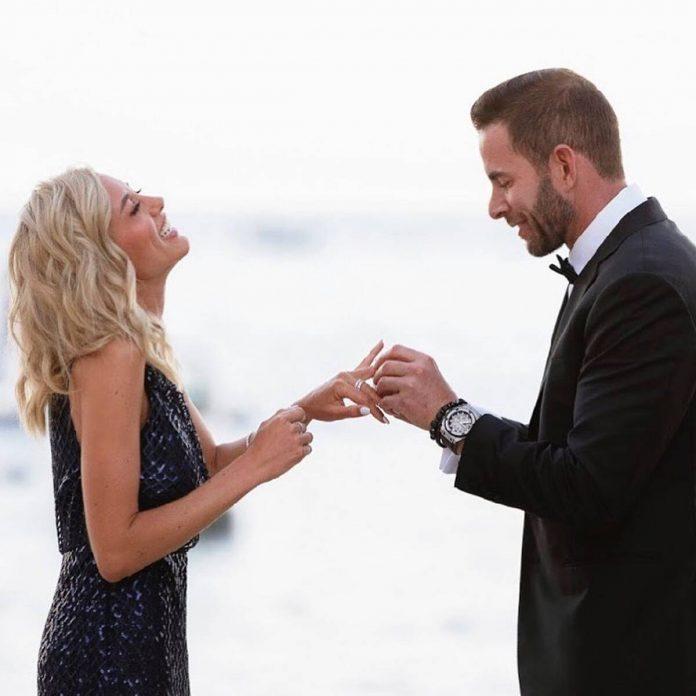 Watch Tarek El Moussa's Romantic Proposal to Heather Rae Young - E! Online