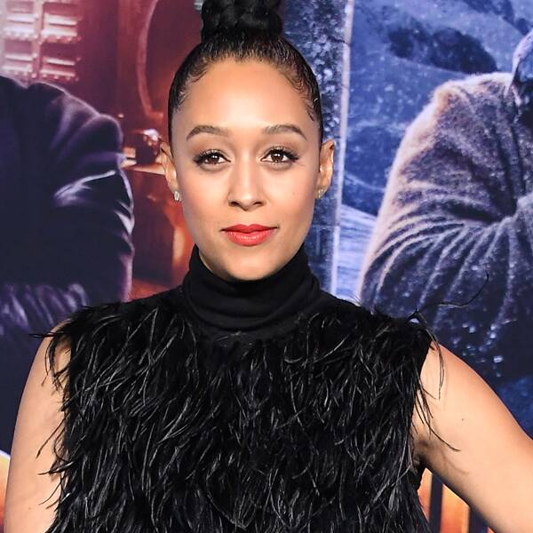 """Why Tia Mowry and Husband Cory Hardrict Have to Schedule """"Sex Dates"""" - E! Online"""