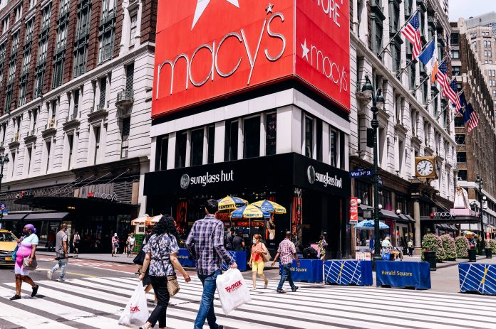 Americans eager to shop despite pandemic, NRF's Kleinhenz says