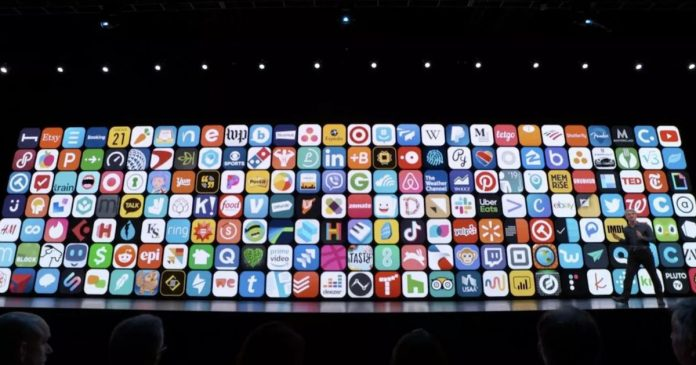 Apple tweaks App Store search results, Amazon employees join climate strike - Video