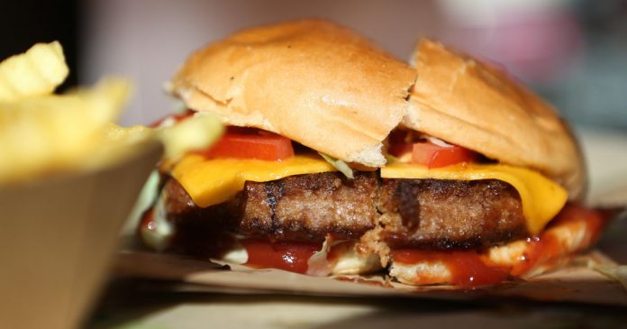 Big Mac changes expected at Apple and McDonald's - Video