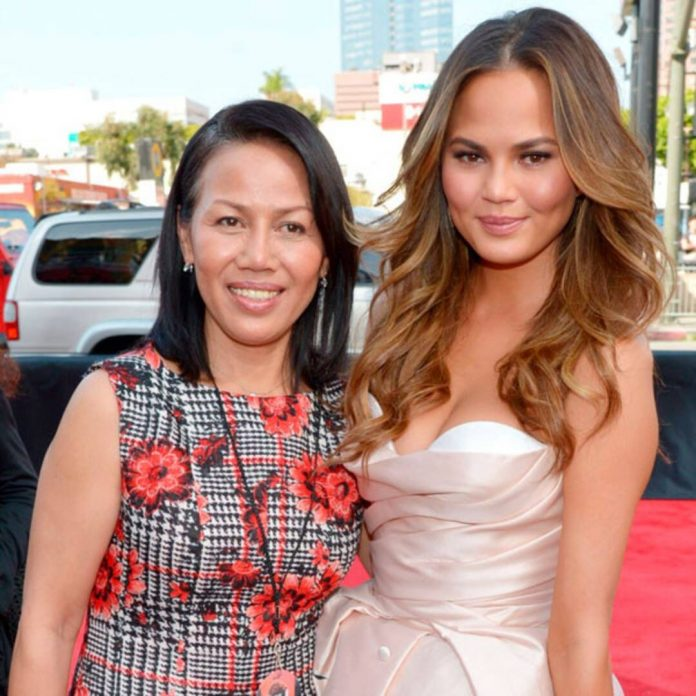 Chrissy Teigen Cuddles With Her Mom After