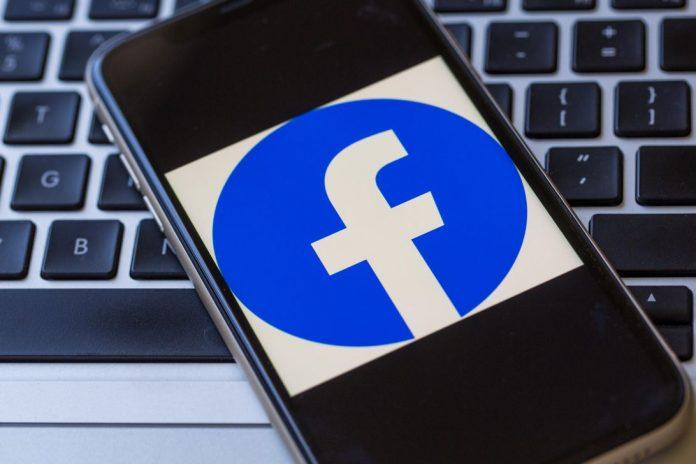 facebook-logo-phone-laptop-3019