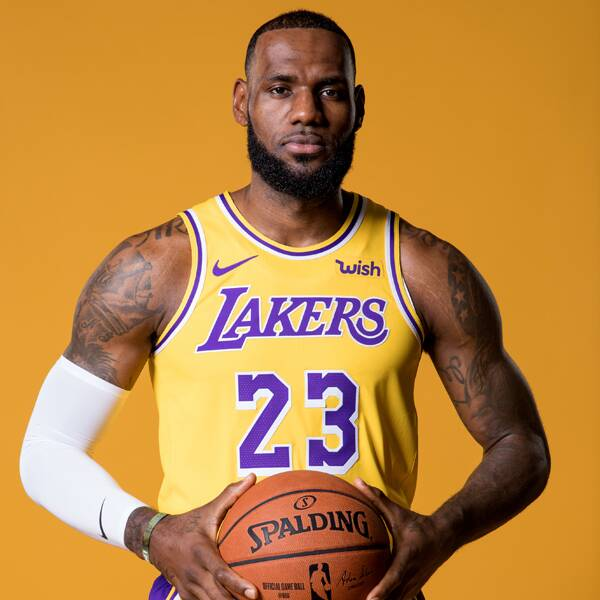 LeBron James Demands Justice After Close Friend's Sister Is Murdered - E! Online