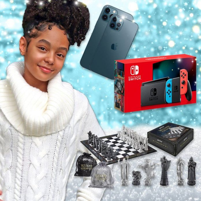 Madalen Mills' Holiday Gift Guide Hits All The Right Notes - E! Online