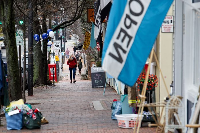 Main St pins hopes on Small Business Saturday sales to stay afloat