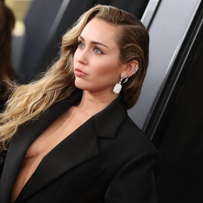 Miley Cyrus Reveals She's 2 Weeks Sober in Candid Interview on Alcohol - E! Online
