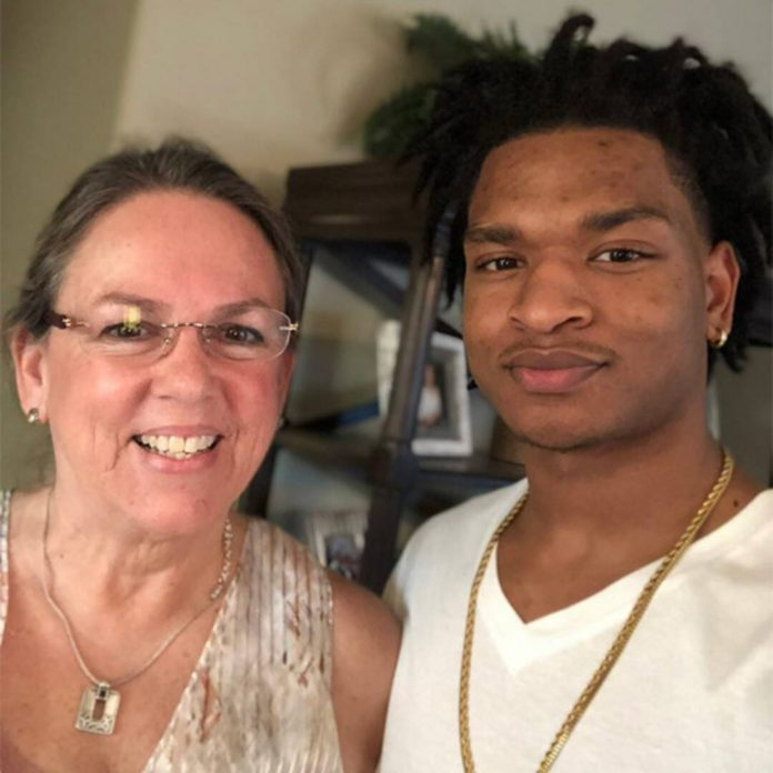 Thanksgiving Grandma Celebrates First Holiday After Husband's Death - E! Online