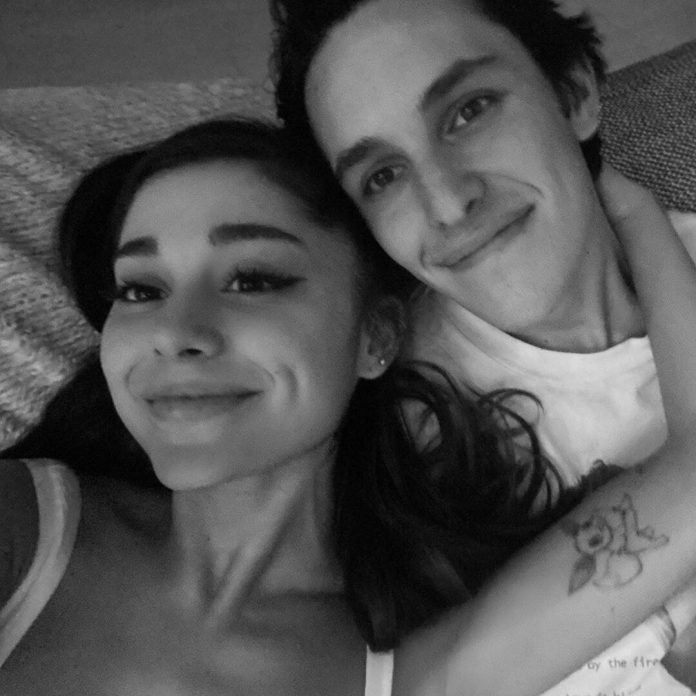 Ariana Grande Is Engaged to Boyfriend Dalton Gomez - E! Online