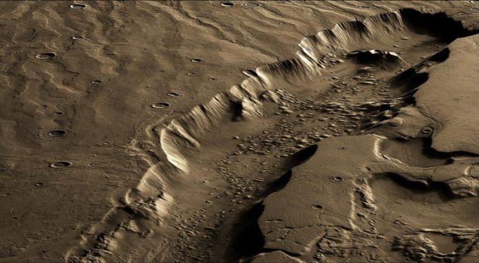 Dao Vallis Mars