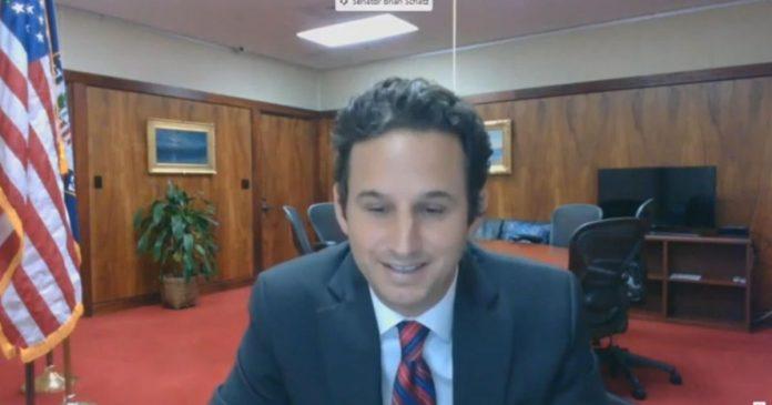 Hawaii senator calls big tech congressional hearing 'a sham' - Video