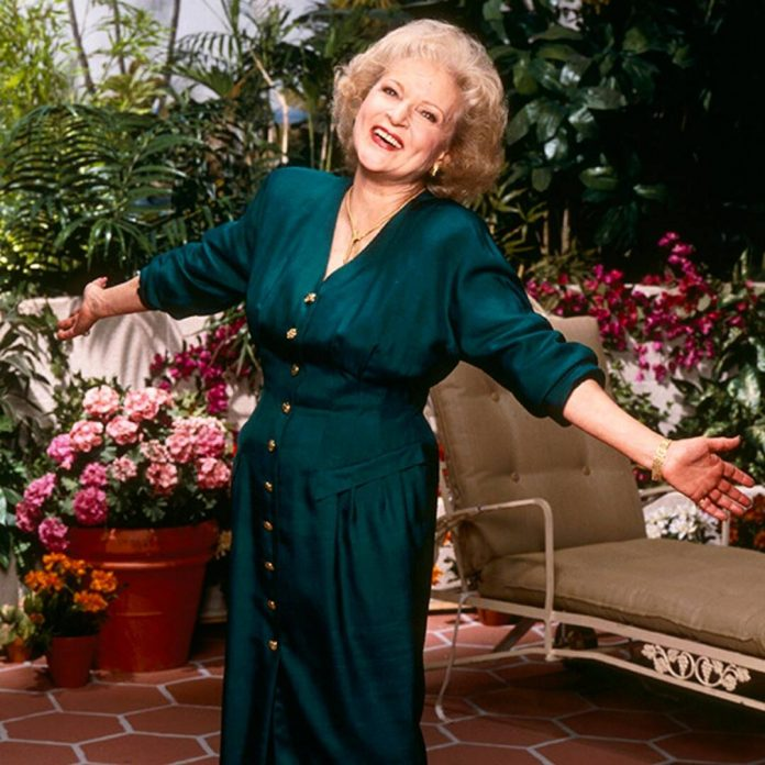 Betty White's Flirty Comment to This Avengers Hunk Is Heroic - E! Online
