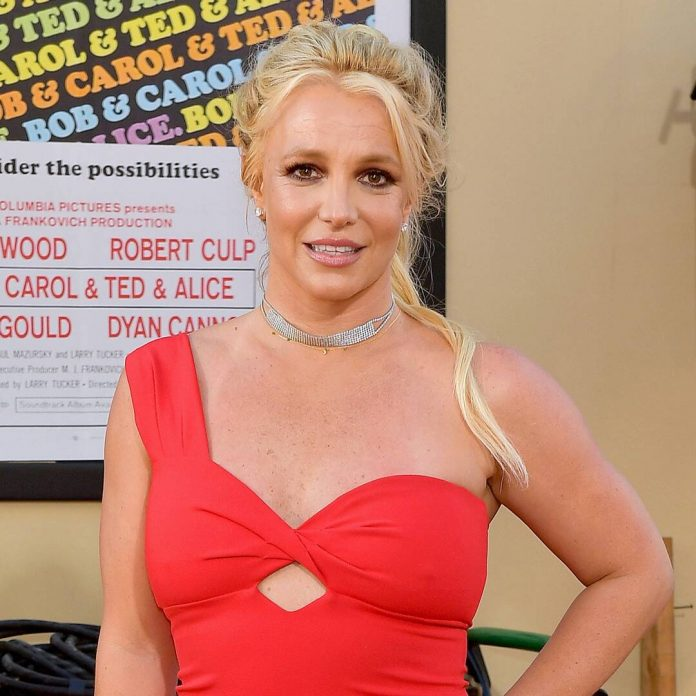 """Britney Spears' """"Unraveling"""" Is Exposed in Trailer for New Documentary - E! Online"""