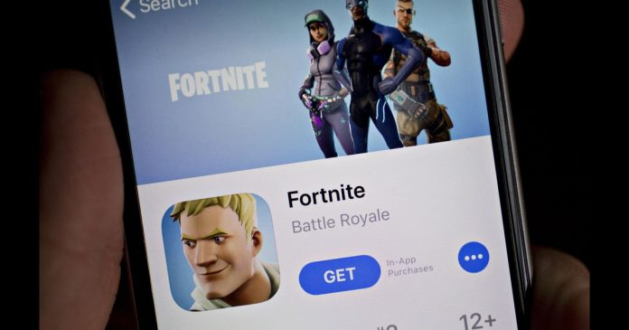 Fortnite maker sues Apple in battle over direct payments - Video