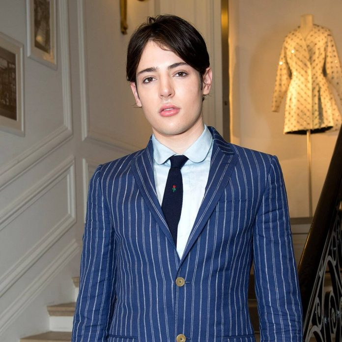 Harry Brant Laid to Rest 4 Days After Accidental Overdose - E! Online